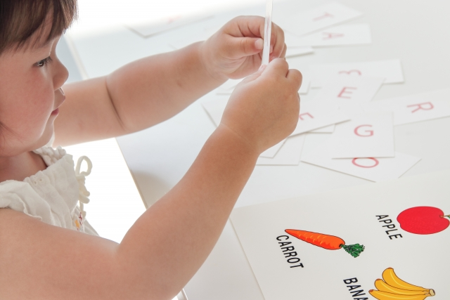 【シェーン英会話の口コミ】2才から子供だけでレッスンが受けられる!